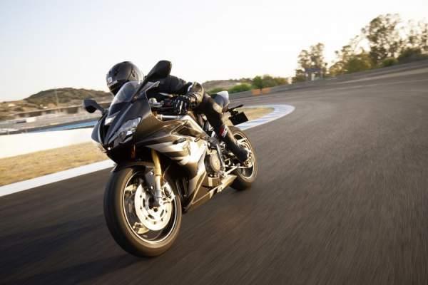 Daytona Moto2 765 - Dynamic 3.jpg